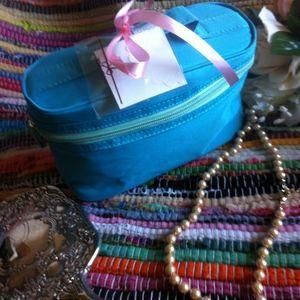 Handbags - Blue & Teal Zip Up Makeup Cosmetic Bag
